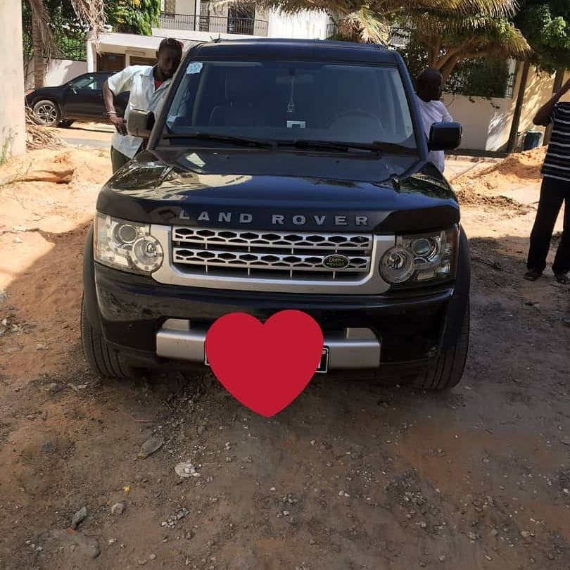 Land-Rover-Discovery-IV