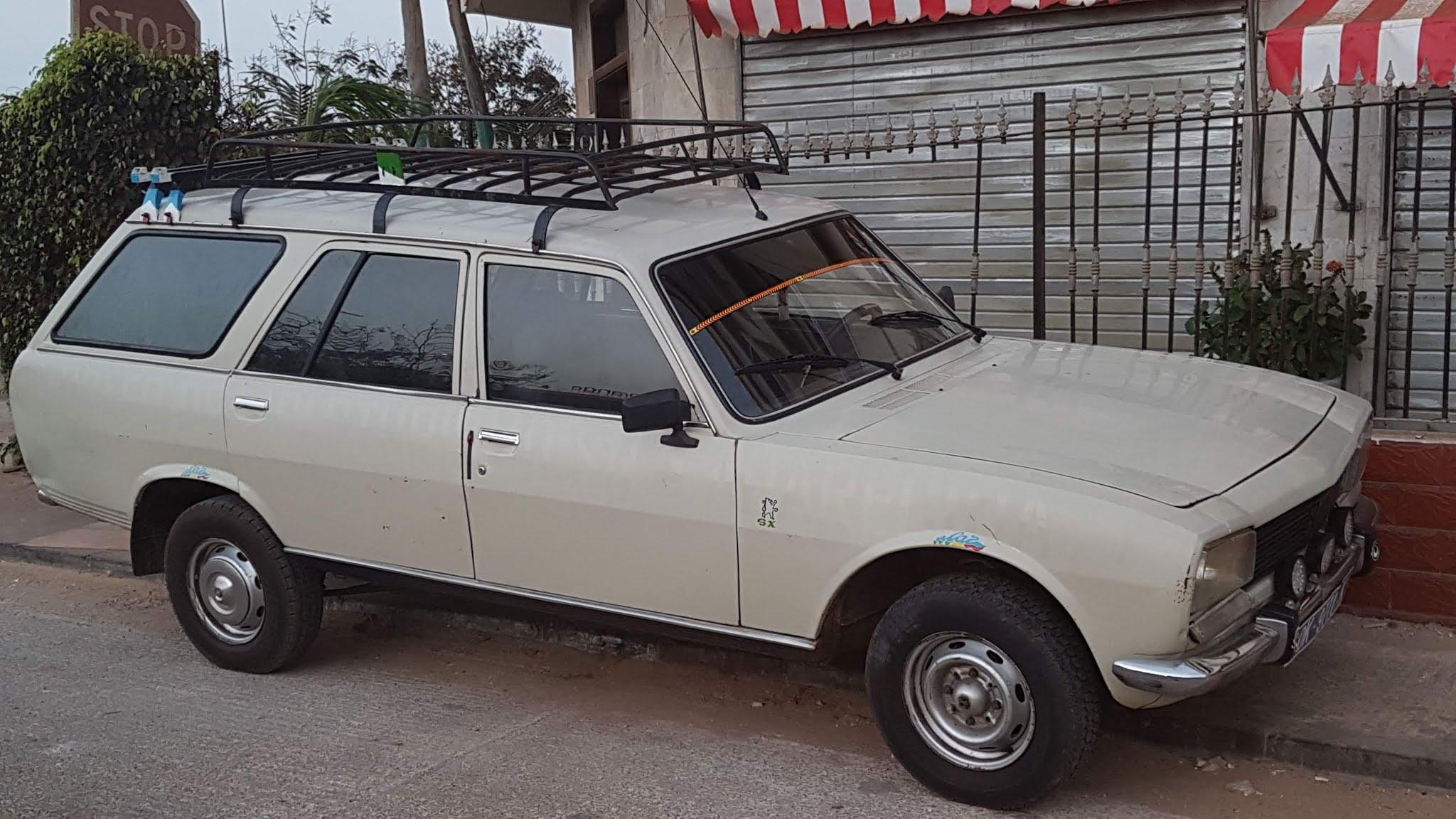 Peugeot-504---7-PLACES